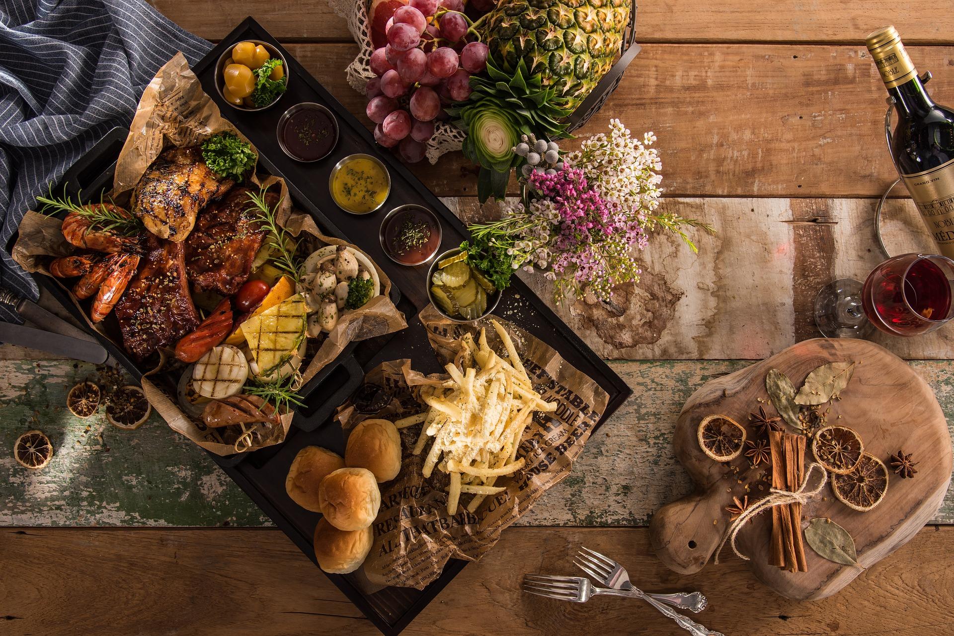 Dlaczego warto skorzystać z oferty cateringu?